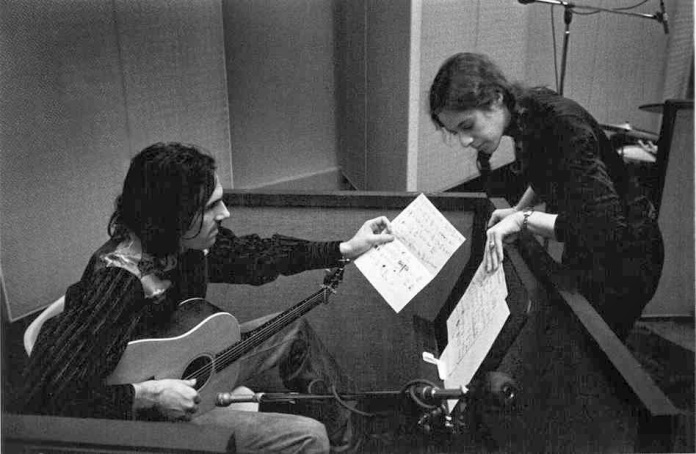 Carol King - James Taylor_1971_James Taylor and Carole King at the A&M Records studio in 1971.Foto James Taylor